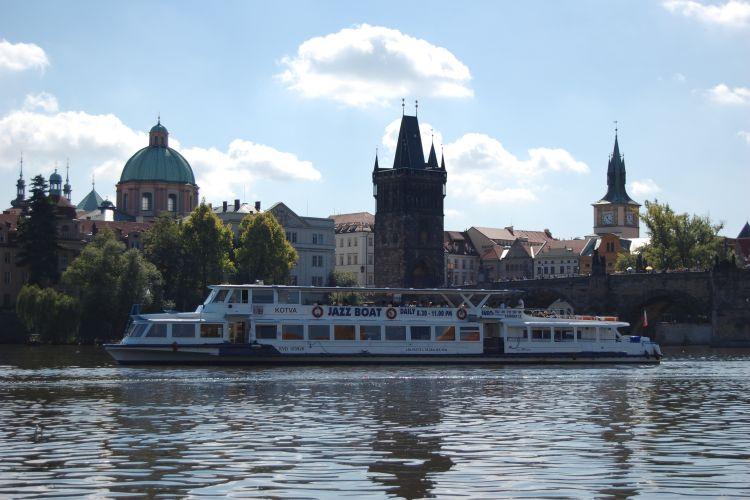 Fantastická plavba na Jazzboat