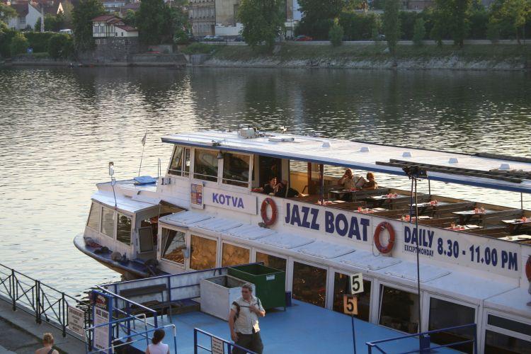 Plavba na Jazzboat